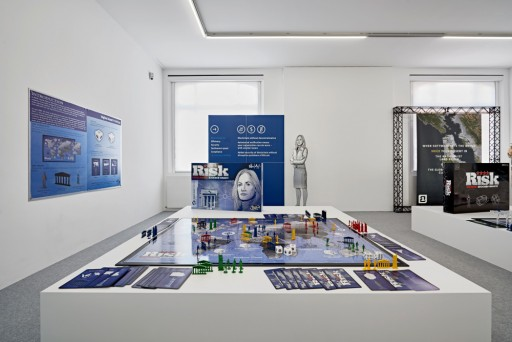Your North </br> is my South Your North is my South, Museum für Neue Kunst, vue d'exposition 2018, photo : Bernhard Strauss Perspektive