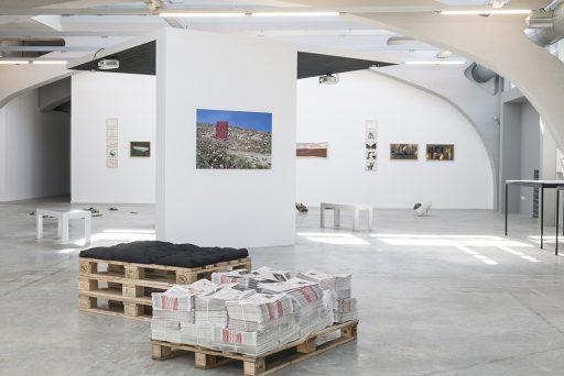 A MON NORD <-> A TON SUD Mon Nord est Ton Sud, La Kunsthalle Mulhouse, vue d'exposition 2018, © La Kunsthalle, photo : Sébastien Bozon Perspektive