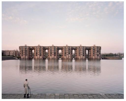 RASTER : BETON Souvenirs d'un futur © Kronental Perspektive